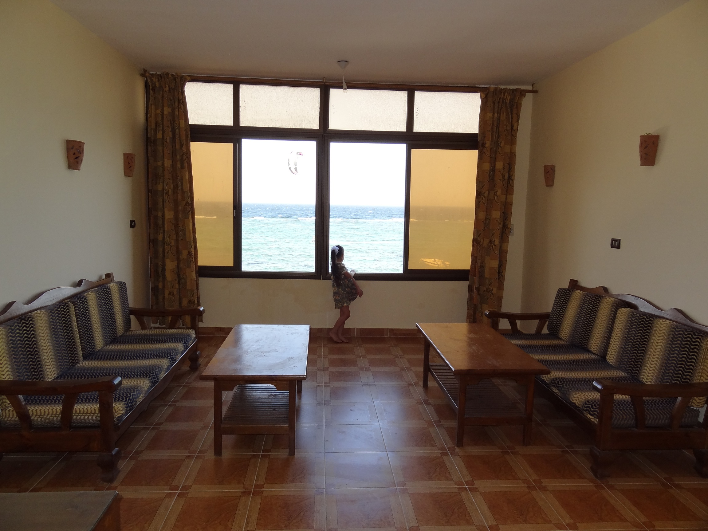 Large sea-front flat for rent on Assala beach.