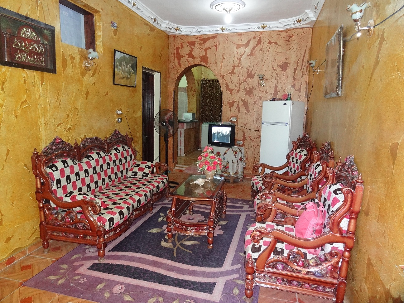 2bedrooms flat for rent in Assala area.