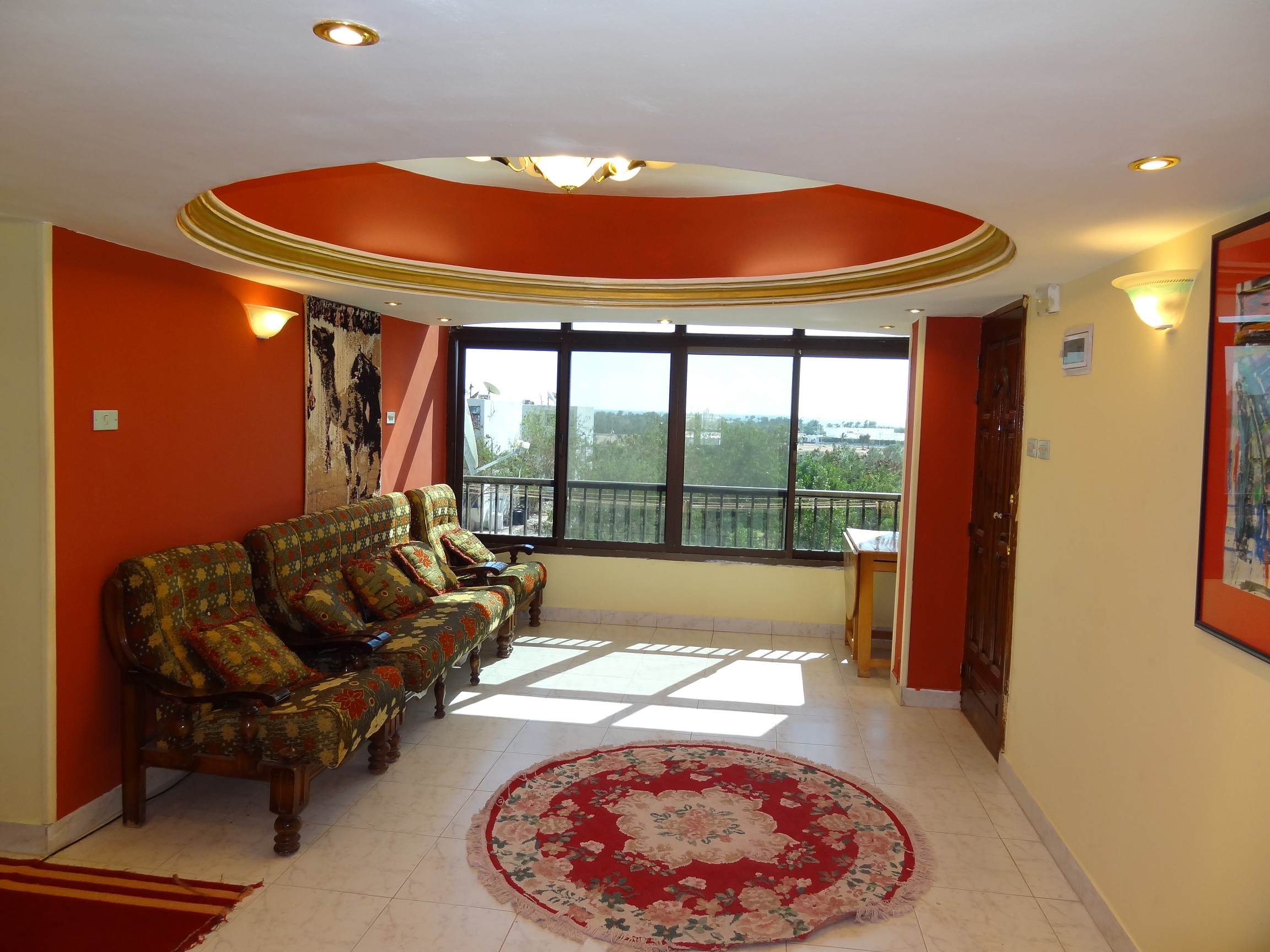 Flat for rent in Madina.